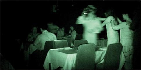 d veloppez vos sens en mangeant dans le noir autour d 39 un cep angers. Black Bedroom Furniture Sets. Home Design Ideas