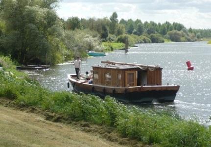 Deux navettes fluviales sur les rivières angevines cet été