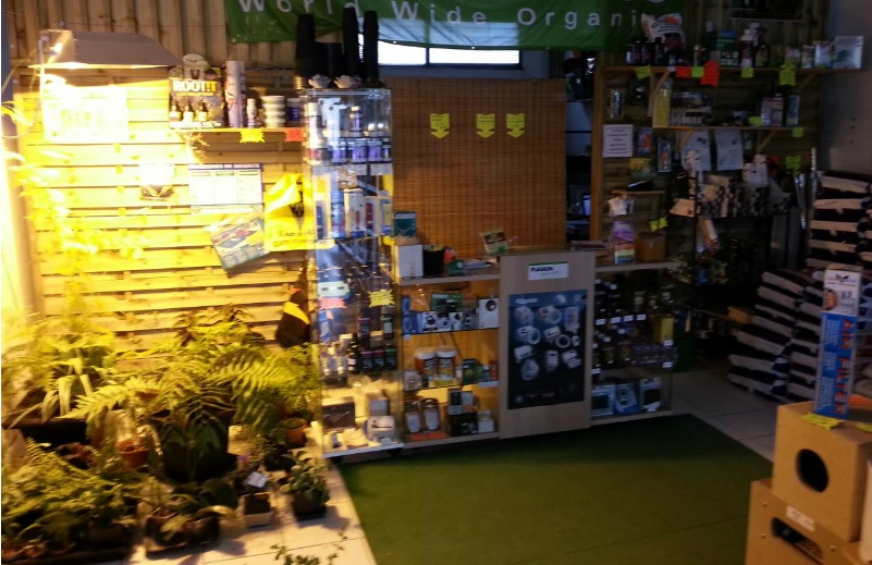 Indoor garden growshop culture d int rieur avrill for Culture interieur