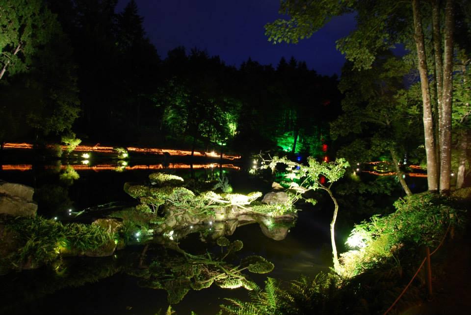 Jardin de nuit l animation zen et f rique du parc oriental de maul vrier - Jardin romantique nuit perpignan ...
