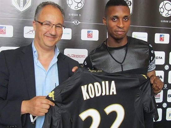 attaquant Kodjia d'Angers SCO