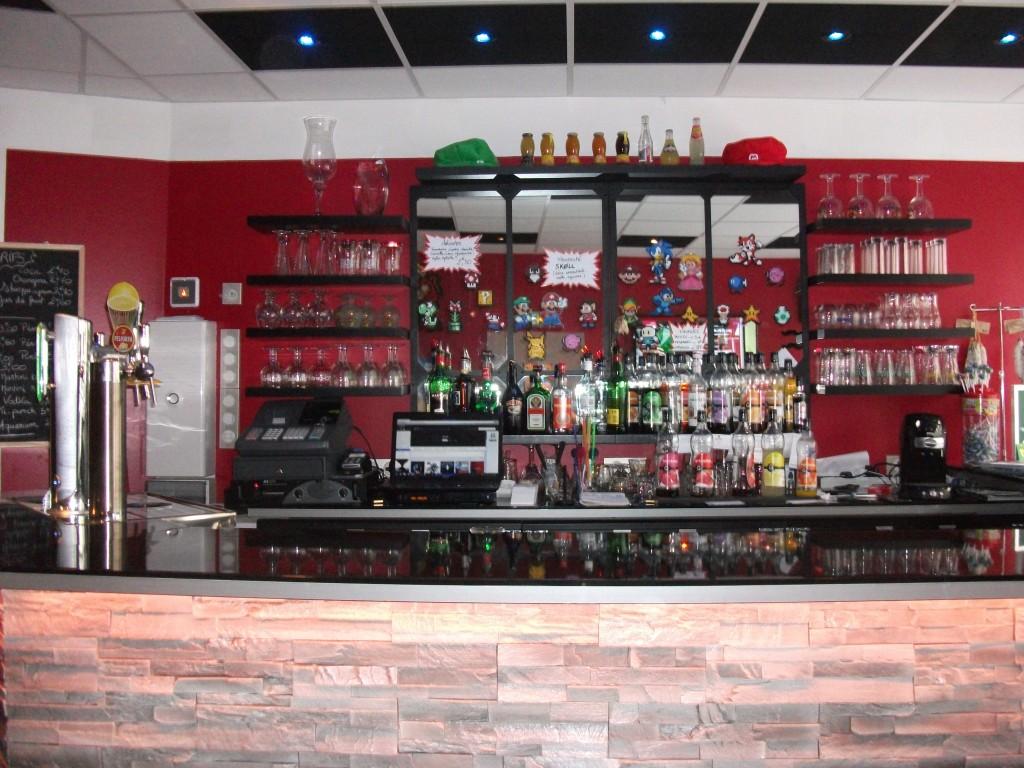 Le comptoir du bar Level Up