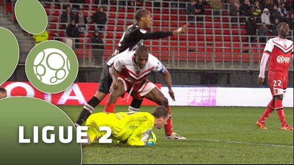 ligue 2 entre Angers SCO et Valenciennes FC
